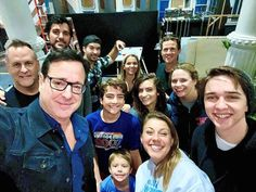 Browse behind-the-scenes photos from the filming of the final episode of Netflix's 'Fuller House. Michael Champion, House Season 5, Candance Cameron Bure, Full House Funny, Fuller House Cast, Full House Tv Show, Michelle Tanner, John Stamos, Mary Kate Ashley