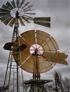 The Shattuck Windmill Museum & Park has 63 vintage windmills that have been restored and put on display in Shattuck, Oklahoma.