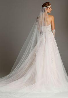 Alvina Valenta wedding gown / Spring 2016 collection