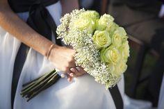 O casamento da Joana e do Bruno em Famalicão. #casamento #bouquet #noiva #vivaz #rosas #amarelo #Portugal