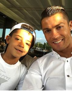 Cristiano Ronaldo shares cute selfie he took with ...
