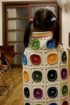 Ravelry: Project Gallery for Bright as a Button Blanket pattern by Susan Carlson