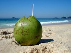 MOOD: Agua de coco