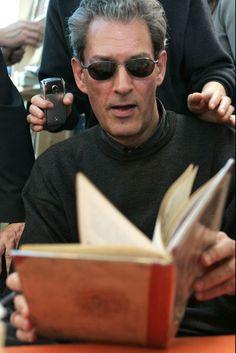 Paul Auster leyendo