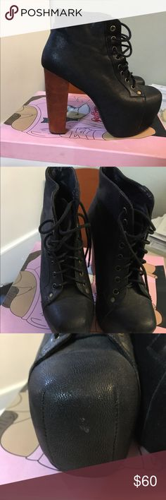 eed75f4cd2e Jeffrey Campbell Lita Condition is Right shoe in the front the leather is  peeling just a little. Size 7 in woman s  ) Jeffrey Campbell Shoes Heeled  Boots