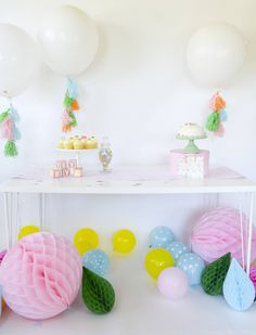 A collection of the web's BEST adorable and unique Safari Baby Shower Ideas that are perfect for showering the mama to be with love. Pop Baby Showers, Boy Baby Shower Themes, Baby Shower Balloons, Baby Shower Games, Baby Boy Shower, Baby Shower Decorations, Baby Shower Pictures, Virtual Baby Shower, Baby Shower Desserts