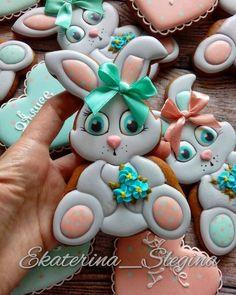 New Cupcakes Decoration Spring Fondant 25 Ideas Fancy Cookies, Iced Cookies, Cute Cookies, Cupcake Cookies, Sugar Cookies, Easter Cupcakes, Easter Cookies, Fun Cupcakes, Fondant Cupcakes