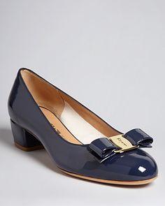 Because i'm the kind of girl that spends $37 on my wedding dress and $425 on the shoes. Feragamo, Vara pump in oxford blue.