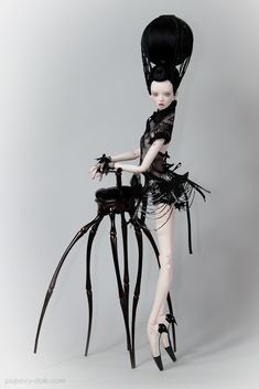 Black Widow Popovy sisters - creepy but beautifully detailed!