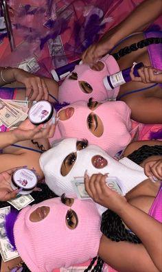 Girl Gang Aesthetic, Badass Aesthetic, Purple Aesthetic, Aesthetic Vintage, Boujee Aesthetic, Aesthetic Songs, Aesthetic Grunge, Aesthetic Pictures, Fille Gangsta