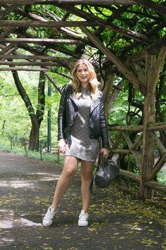 703edccde8dc Look do dia: passeando pelo Central Park. Looks Com Tenis BrancoCamiseta ...