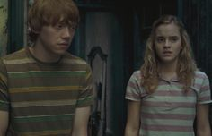 UNPOPULAR OPINION: I Think JK Rowling Is Right about Hermione and Ron: #xoJane #xoUnpopularOpinion #harrypotter #hpseries #ronandhermione #romance Ron And Hermione, Harry Potter Hermione, Harry Potter Movies, Hogwarts, Rupert Grint, Bonnie Wright, Unpopular Opinion, It Cast, Men Casual
