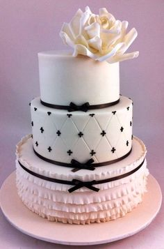☆ Wedding cake ☆ black and white