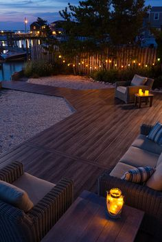 Time to start enjoying the outdoors with your Zuri deck.