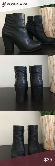"""Vince Camuto Black Leather Ankle Boots Vince Camuto black leather ankle boots. Worn a few times and they have a lot of life left in them! Heel measures 3.5"""" Vince Camuto Shoes Ankle Boots & Booties"""
