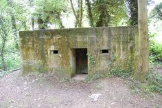 Pillbox type 24 located just west of Tonbridge close to the River Medway