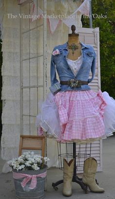 ~*~ Don't know where I'd wear this outfit, but I LOVE it, got to find the boots! ~*~