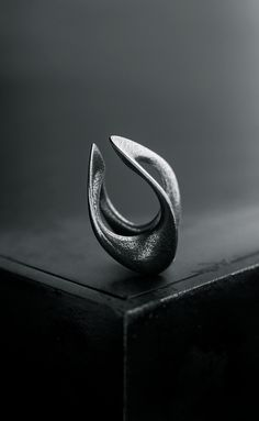 LDVC   Bothsides Ring