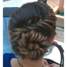 an amazing conch shell braid. Try an amazing conch shell braid. Up Hairstyles, Pretty Hairstyles, Braided Hairstyles, Braided Updo, Wedding Hairstyles, Wedding Updo, Hairstyle Ideas, Perfect Hairstyle, Teenage Hairstyles