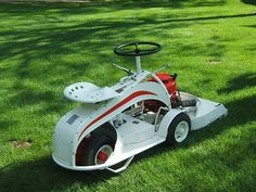 1947 Gravely sit on lawn mower