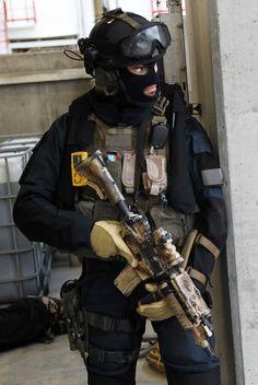 Marinejeger Kommandoen (MJK) Special Forces Operator #military #special forces #operator