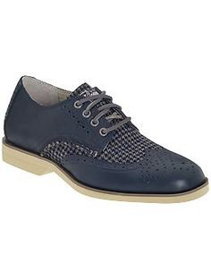 I am not sure how I feel about these. :Sperry Top-Sider Boat Oxford Tweed | Piperlime