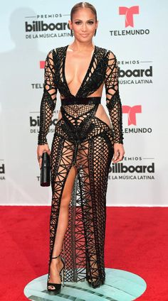Jennifer Lopez the singer dared to bare Thursday in a revealing fishnet dress at the Billboard Latin Music Awards in Florida. Sexy Outfits, Sexy Dresses, Beautiful Dresses, Nice Dresses, Club Dresses, Formal Dresses, Jennifer Lopez, Black Lace Gown, Fishnet Dress