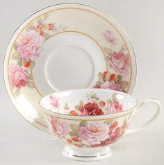 Cup And Saucer Set, Tea Cup Saucer, Bone China Tea Cups, Teapots And Cups, My Cup Of Tea, Tea Service, Vintage China, Vintage Teacups, Tea Time