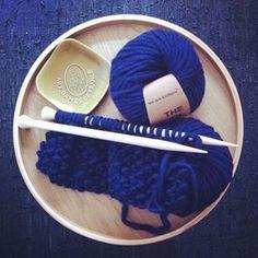 Passion tricot #letricotcestlavie #weareknitters #faisletoimeme #knitting #wool #diy