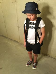 tokyonhさんのコーディネート Kids Fashion Boy, Mens Fashion, Shoes Without Socks, Boy Outfits, Fashion Outfits, Boys Clothes Style, Kid Styles, Cute Kids, Baby Boy
