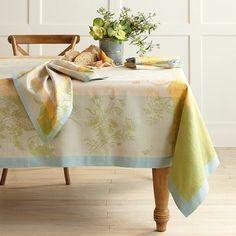 Mix Home & Garden Ideas| Peony Jacquard Tablecloth #williamssonoma | Serafini Amelia