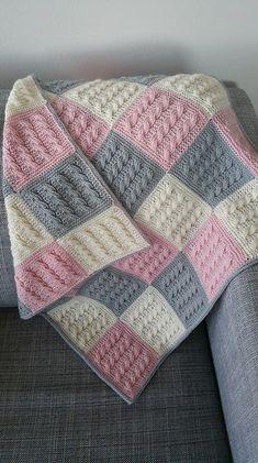 Best 12 Kaðlabútateppi / cable square blanked pattern by Auður Björt Skúladóttir Pink Baby Blanket, Baby Blanket Crochet, Crochet Baby, Loom Knitting Blanket, Easy Knit Blanket, Single Crochet, Free Crochet, Diy Crafts Knitting, Free Knitting