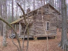 Pioneer log home occupied until 1930s. A family of 15 lived here. Cabin was relocated in 1960 from Troup Co. & moved to Pine Mountain, Georgia