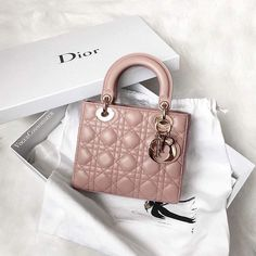 Shared by A n n e L a u r e. Find images and videos about fashion pink and lu - Dior Bag - Ideas of Dior Bag - Shared by A n n e L a u r e. Find images and videos about fashion pink and luxury on We Heart It the app to get lost in what you love. Luxury Purses, Luxury Bags, Luxury Handbags, Designer Handbags, Dior Handbags, Purses And Handbags, Replica Handbags, Lady Dior, Pink Fashion