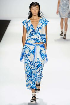 SPRING 2015 RTW VIVIENNE TAM COLLECTION
