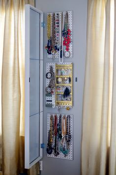 IKEA Hack: How to Make the Ultimate Jewelry Storage Solution - Your weekly dose. - IKEA Hack: How to Make the Ultimate Jewelry Storage Solution – Your weekly dose of creative insp - Diy Jewelry Storage Mirror, Hidden Jewelry Storage, Jewelry Storage Solutions, Secret Storage, Jewelry Cabinet, Jewellery Storage, Jewelry Organization, Necklace Storage, Diy Jewelry Organizer