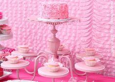 Transformer un vieux lustre en présentoir à gâteaux