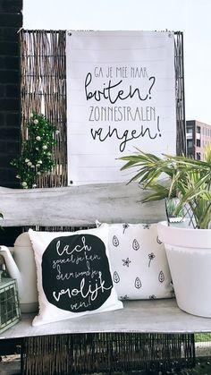 Outside Living, Outdoor Living, Dream Garden, Home And Garden, Summer Garden, Patio Images, Licht Box, Cosy Corner, Garden Steps