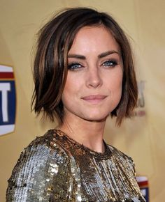 Jessica Stroup | 24 Celebrity Bobs That Will Make You Wish You Had Shorter Hair// or in my case, Longer hair
