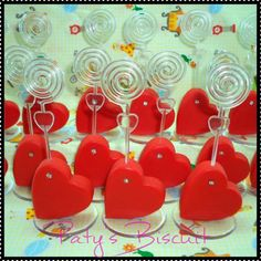 Valentine Crafts, Valentine Day Gifts, Salt Dough Projects, Background Powerpoint, Picture Holders, Pasta Flexible, Valentine's Day Diy, Biscuits, Diy And Crafts