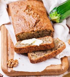 Fig bread, a popular quick bread made with figs and pecans. This fig bread makes 2 standard loaves of quick bread with fresh figs and pecans. Fig Recipes, Quick Bread Recipes, Dessert Recipes, Cooking Recipes, Summer Recipes, Dessert Healthy, Waffle Recipes, Veggie Recipes, Cake Recipes