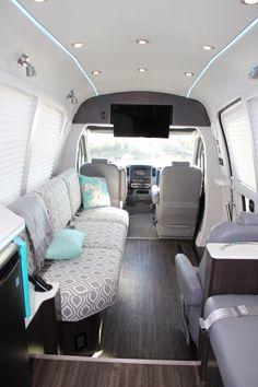 Vagas Home Office, Luxury Van, Luxury Motorhomes, Van Interior, Car Goals, Condo Living, Vans, Van Life, Custom Cars