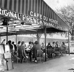 Cafe du Monde served its first black customer 50 years ago: Media Buffet Spanish People, French People, Creole People, Louisiana Creole, Downtown New Orleans, New Orleans History, Louisiana History, Parade Route, Louisiana Purchase