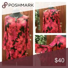 Red and Black Floral Dress (Never Worn) Red and Black figure flattering dress! Looks great with leggings! Dresses Midi