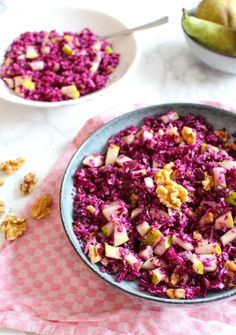 Rotkohl Birnen Salat mit Walnüssen -