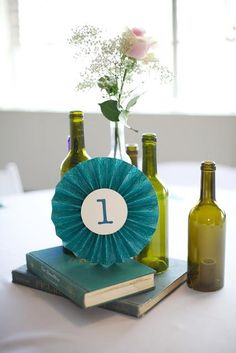 DIY pinwheel wedding table numbers (minus the flower) Diy And Crafts Sewing, Diy Arts And Crafts, Crafts For Kids, Paper Crafts, Diy Crafts, Pinwheel Wedding, Diy Pinwheel, Wedding Table Numbers, Wedding Videos