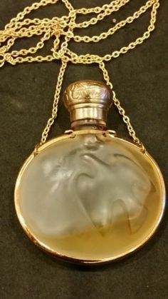 *Lalique for Nina Ricci frosted dove perfume bottle pendant
