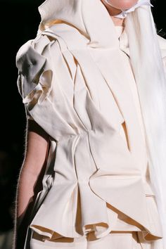 Comme des Garçons | Spring 2013 Ready-to-Wear Collection | Style.com