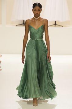 a8ab7d7a7d88 539 καταπληκτικές εικόνες με beautiful dresses