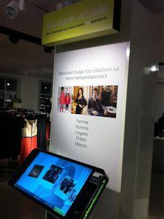 Magasins Marks & Spencer équipés de plusieurs bornes tactiles connectées au catalogue web de l'enseigne